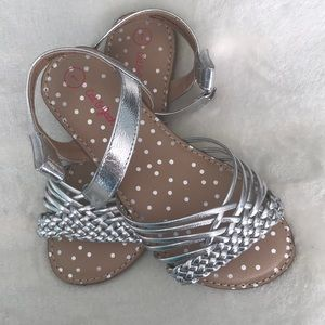 Cat & Jack NWOT Silver sandals with velcro size 1